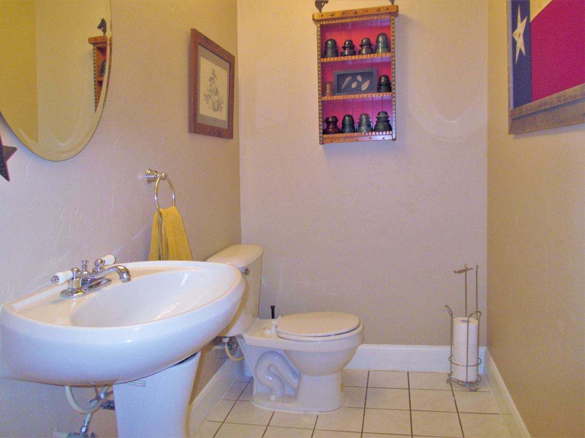 1/2 bath at 503 Oak Bend.