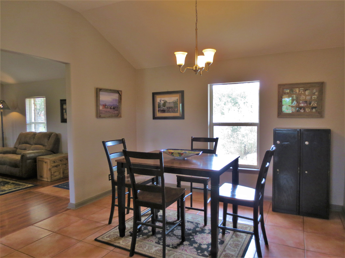 Dining room in Wagon Trail