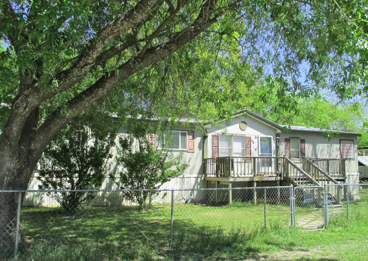Alamo Beach Getaway - H0240 - Call Gail Stone Realty for info 830-796-4640