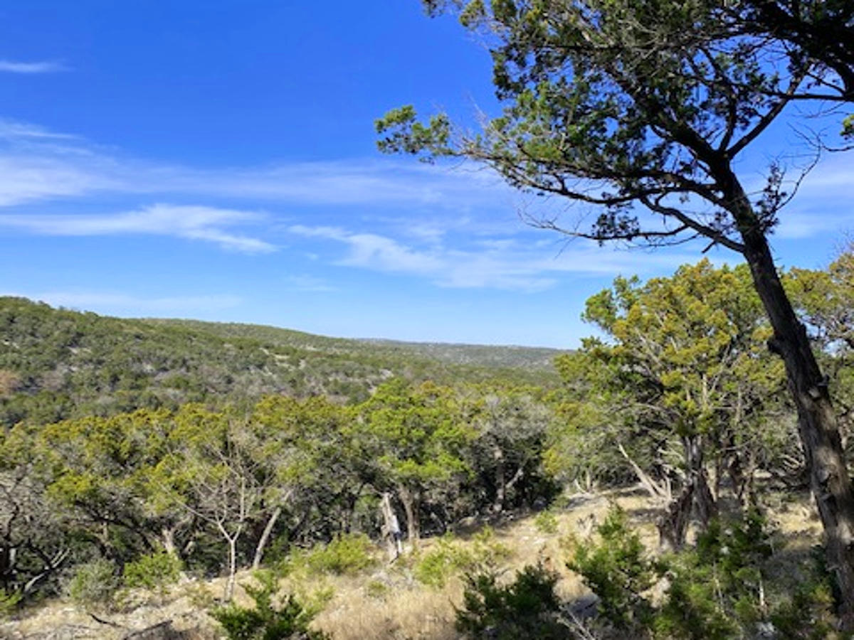 27 Acres Mesa Verde. Listed for sale with Gail Stone Realty, Bandera, Texas. 830-796-4640