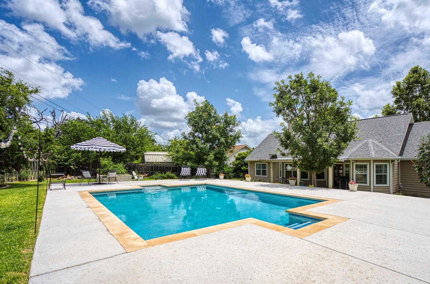 1803 White Tail Lane.  Call Gail Stone Realty in Bandera, Texas. 830-796-4640