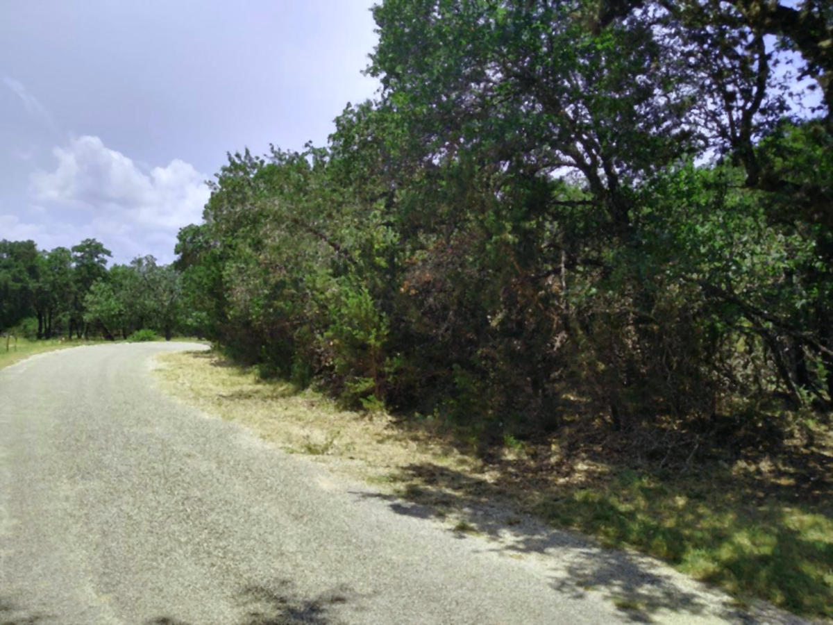 LOT 4 at INDIAN WATERS- Listed by Gail Stone Realty 830-796-4640